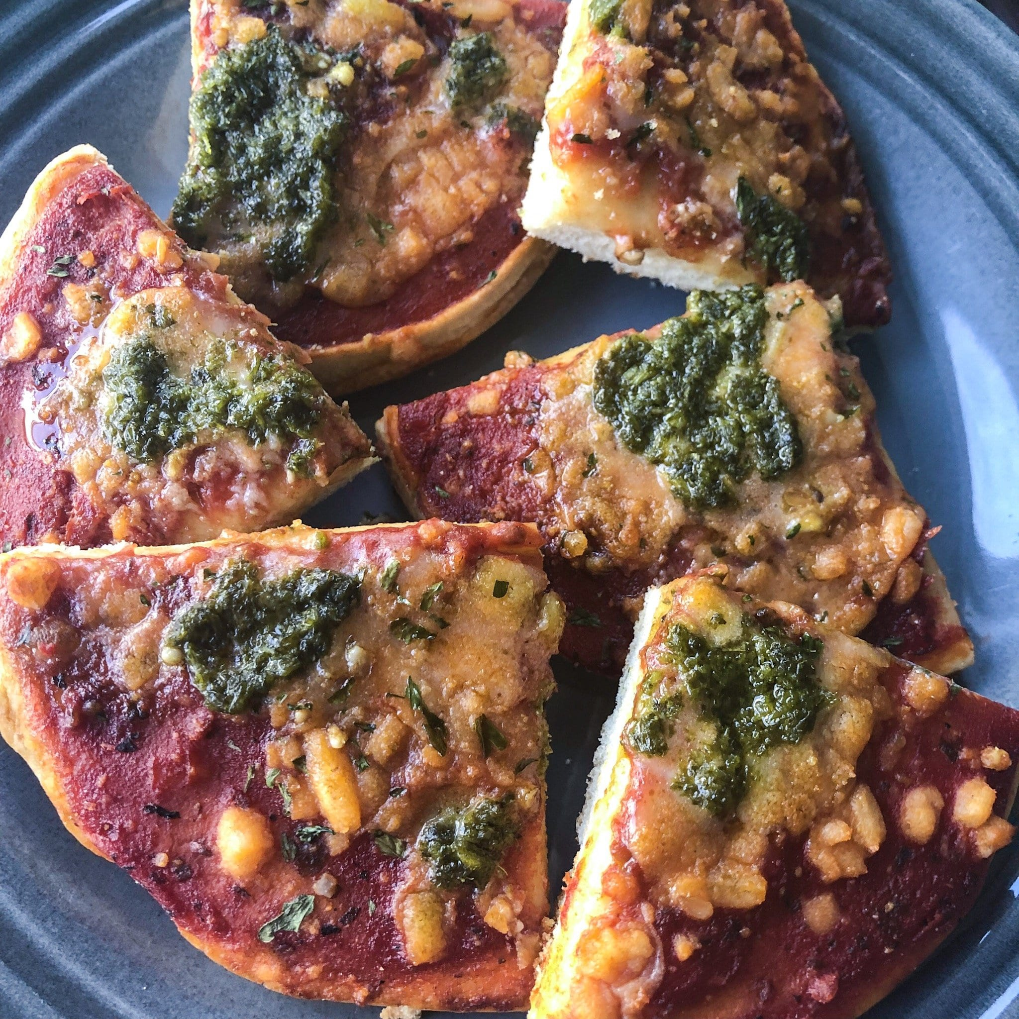 mini pesto pizza recipe