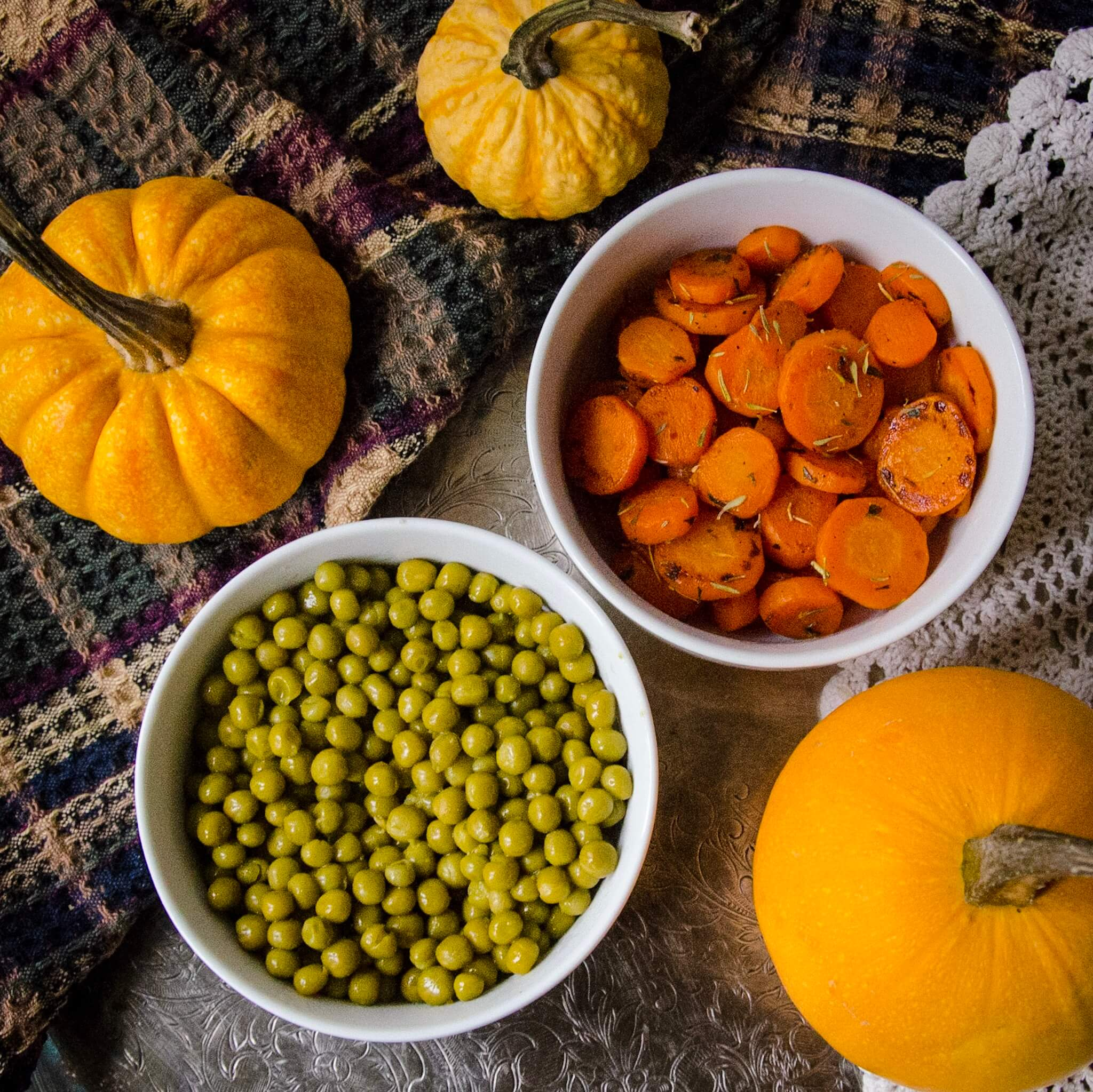 thanksgiving recipe ingredients carrots with peas and pumpkins