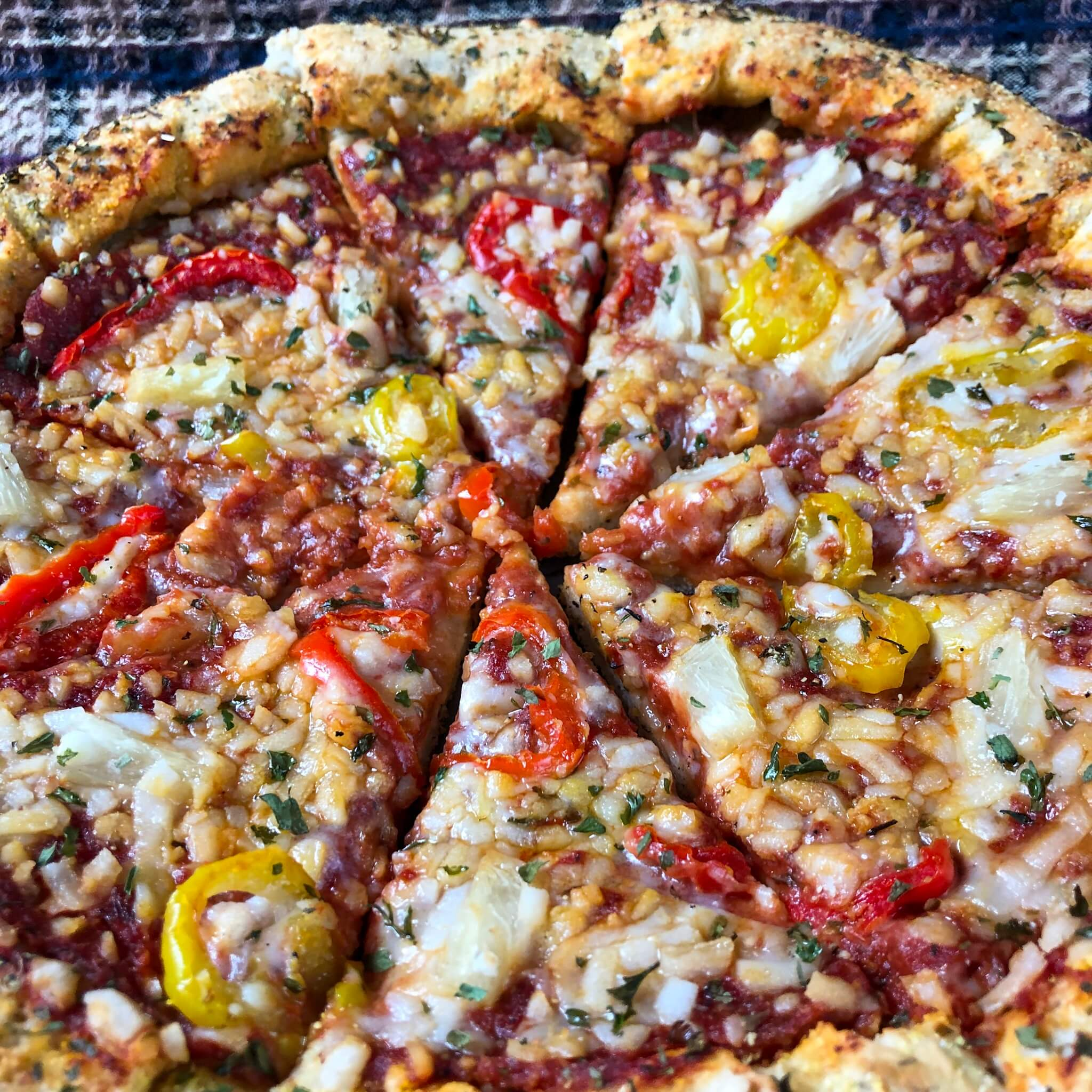 upclose vegan stuffed crust pizza